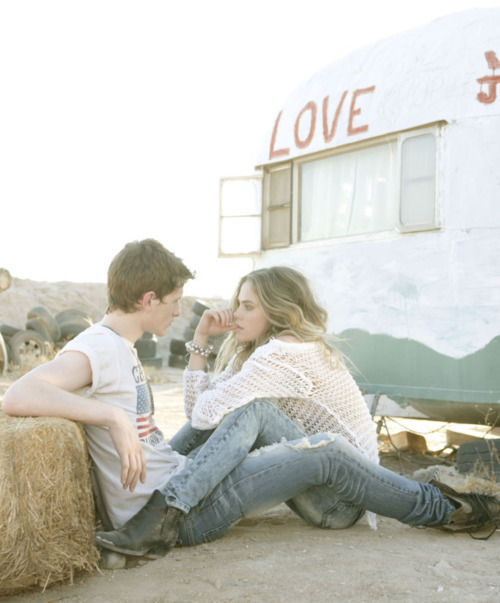 boy, coisas, cowboy, cute, girl, girl with boy, hair, jeans, love, pair, relationship, romantic, sweet