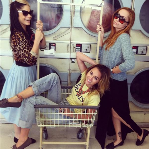 brandi cyrus, cyrus, laundry, lovely, miley