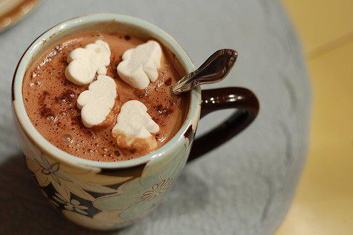 clouds, cup, cute, delicious, hot chocolate, kakao, marshmallows, sweet, vintage, yummy