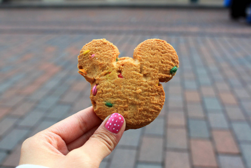 cookie, food, girl, mickey, mickey mouse, nails, pink