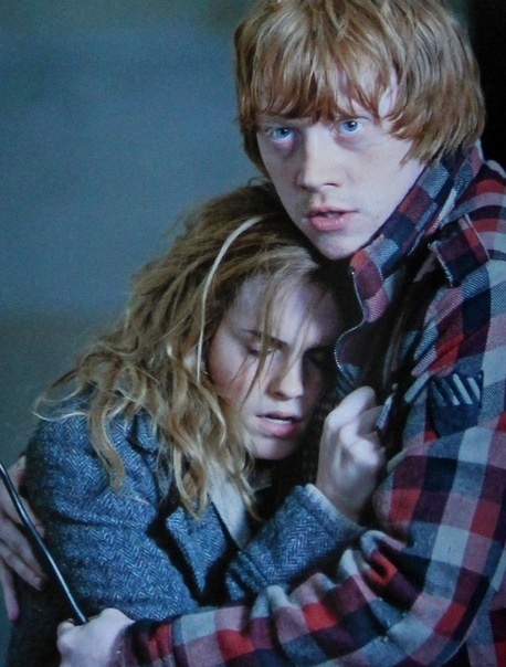 couple, harry potter, hermione granger, ron weasley, rupert grint