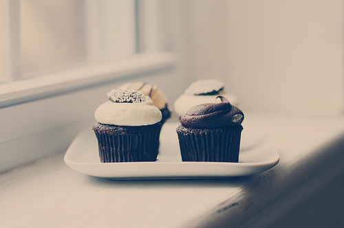 cupcakes, delicious, dessert, food