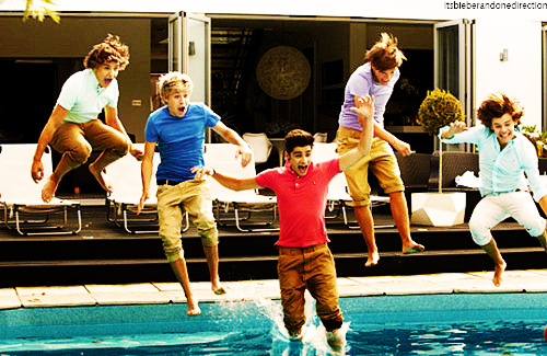 cute, fun, harry, hot, jump in, liam, louis, niall, one direction, pool, summer, zayn