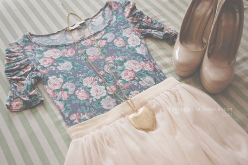 dress, fashion, flower, outfit, shoes