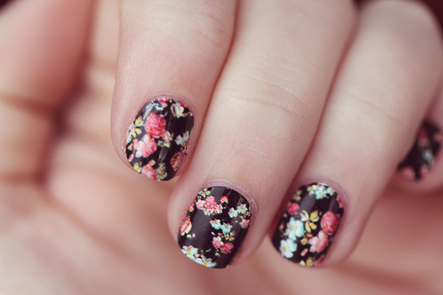 fake nails, floral, flowers, hand, nail polish