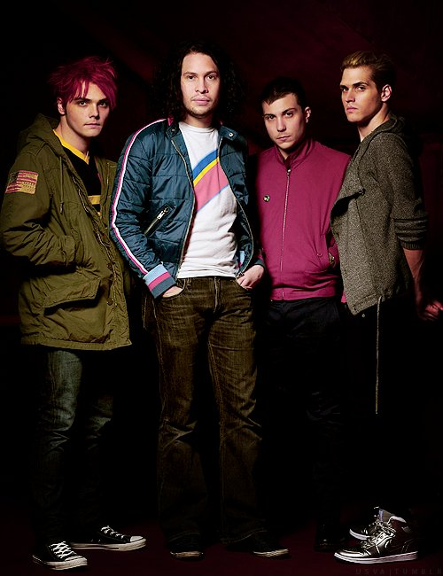 frank iero, gee, gerard way, gerd, handsome