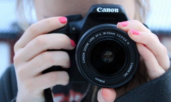 550d, camera, canon, fingers, girl, nails, pink
