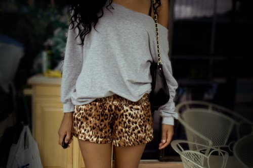 accessories, bag, beautiful, beauty, fashion, girl, glamour, hair, nice, outfit, para pambam, shorts, style