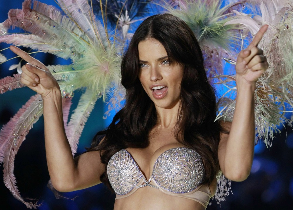 adriana lima, cute, sexy, sweet, victoria secret