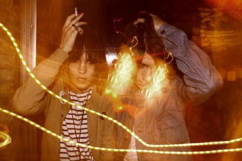 alex turner, alexa chung, couple, lights