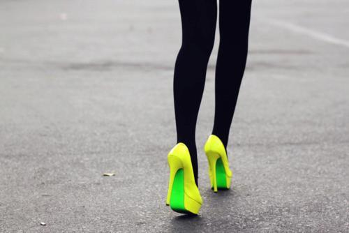 alone, black, camera, city, girl, green, photo, photograph, shoes, sit, yellow