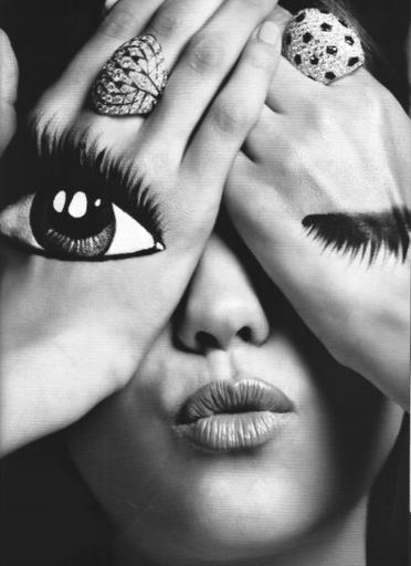 amazing, b&w, beautiful, black and white, drawing, eye, eyes, face, fashion, girl, hands, hipster, kiss, lips, love, nose, painting, photography, pretty, ring, stunning, woman
