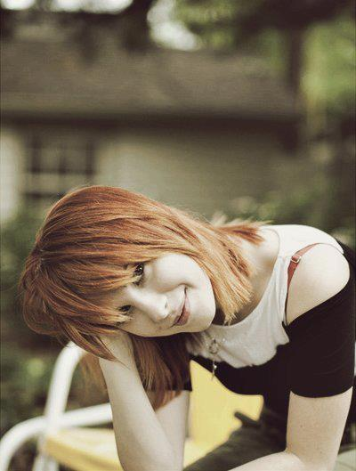 amore, cute, famous, fashion, hair, happiness, happy, hayley williams, love, paramore, photo, pretty, red, singer, smile, star, sweet