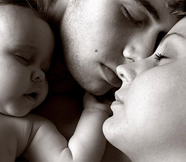 baby, bed, family, hug, kiss