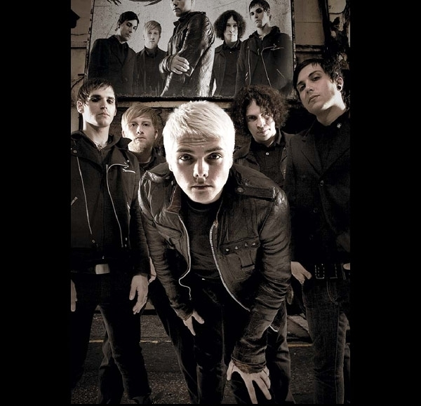 b&w, black and white, black hair, bob bryar, frank iero, gee, gerard way, gerd, mcr, mikey way, my chem, my chemical romance, ray toro, the black parade, white hair