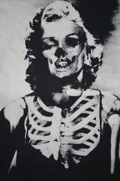 black and white, bones, cool, creepy, marilyn monroe
