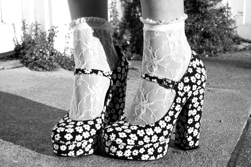 Fashion Photography Black And White Shoes Black And White Fashion
