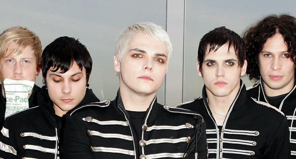 black hair, bob bryar, frank iero, gee, gerard way