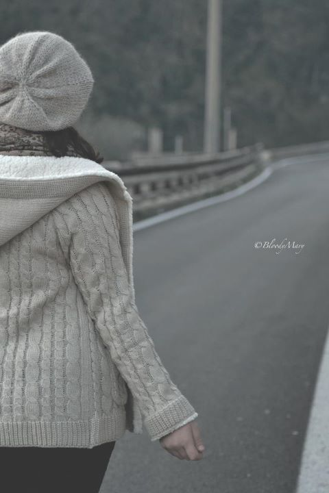 bloodymary, cute, fashion, girl, girls, hat, hats, love, nikon, photo, photography, road, winter, zara