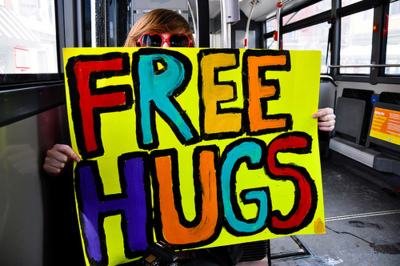 colorful, colors, cool, cute, free hugs, girl, hugs, niall horan, paz, peace, placa, relax, text, world