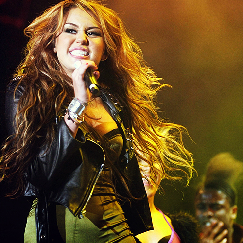 diva, girl, hair, hot, miley cyrus, rock in rio, sexy, show, singer, stage