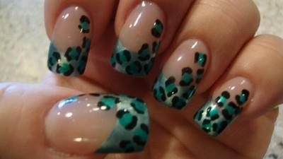 false nails, french manicure, leopard, nailart