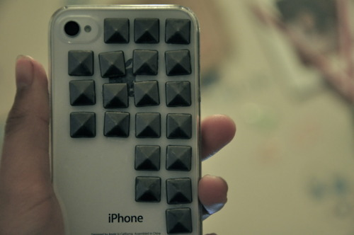 hardcase, homemade, hvite, iphone, iphone 4, iphone case, rivets, spikes, studded