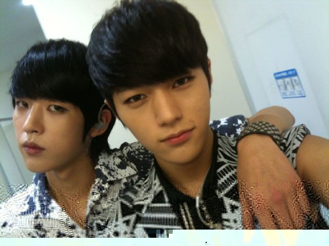 What39; is your mind? — I ship Myungsoo L and Sungyeol Myungsoo