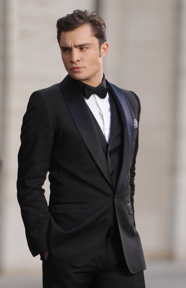 actor, bow tie, chuck bass, ed westwick, famous, gossip girl, guy, handsome, hot, man, sexy, smoking, suit