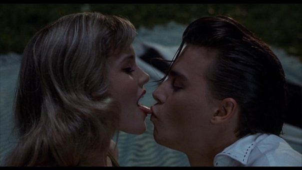 amy locane, cry baby, johnny depp