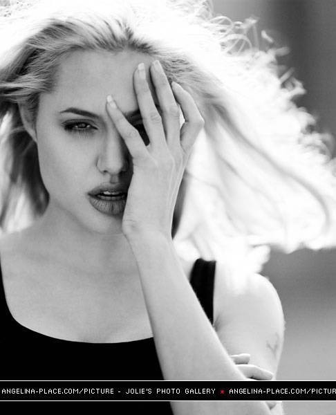 angelina, angelina jolie, beautiful, black and white, eye