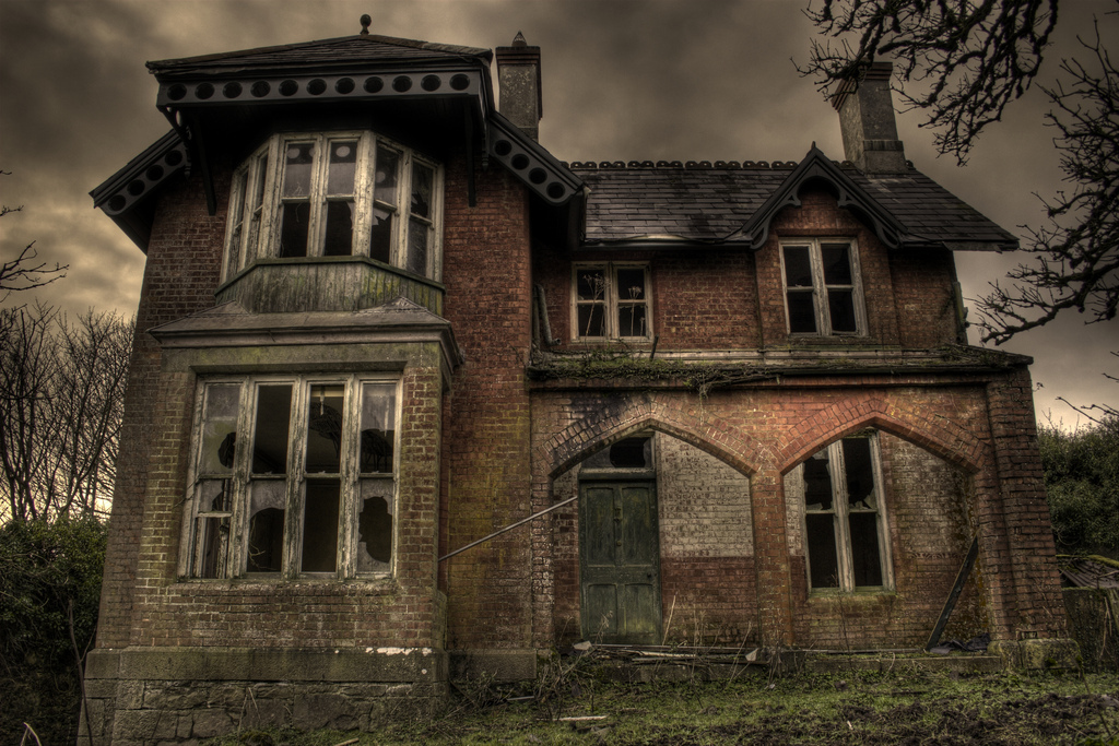 architecture, broken, creepy, haunted, haunted house