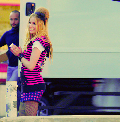 avril, avril lavigne, blonde, clothes, fashion