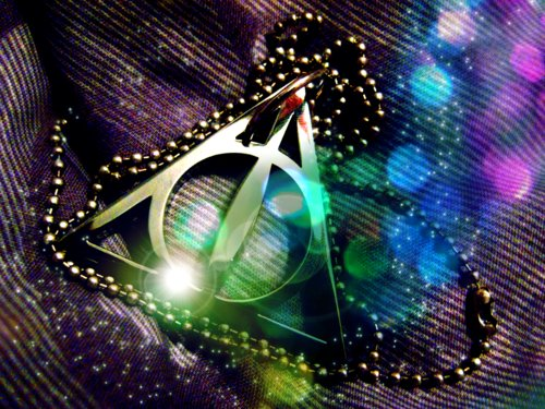 awesome, colar, cool, deathly hallows, harry potter, jewel, kneckles, lights, neckles, reliquias d morte, wand