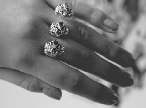 b&w, black and white, double ring, fashion, finger, fingers, hand, nail, nails, ring, rings, skull, skull ring, skulls