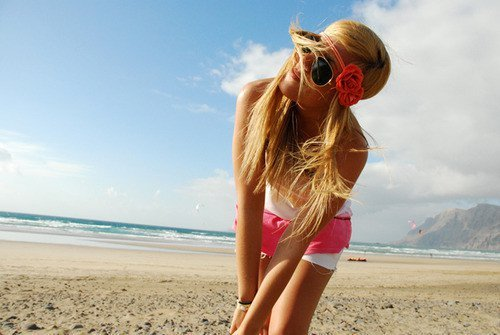 beach, beautiful, blonde, cool, cute, girl, happy, nice, not beyonce, ocean, photography, pretty, sea, sexy, smile, sun, teen, water