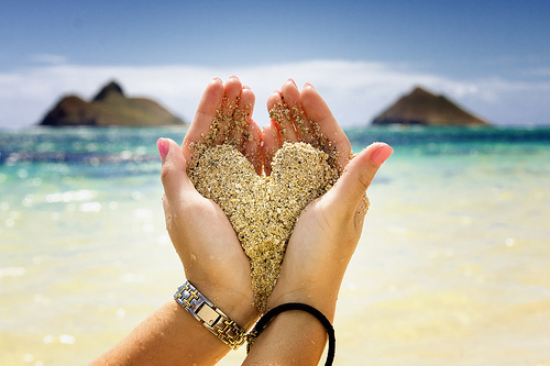 beach, beautiful, cute, fashion, girly, hawaii, heart, lanikai, love, ocean, photography, pretty, sand, summer, vacation