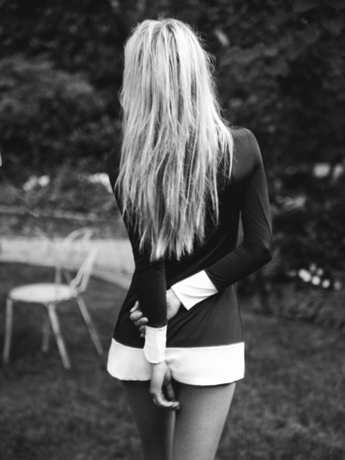 beautiful, black, black and white, blonde, clothes, cute, dress, fashion, girl, hair, mode, nice, photography, pretty, white