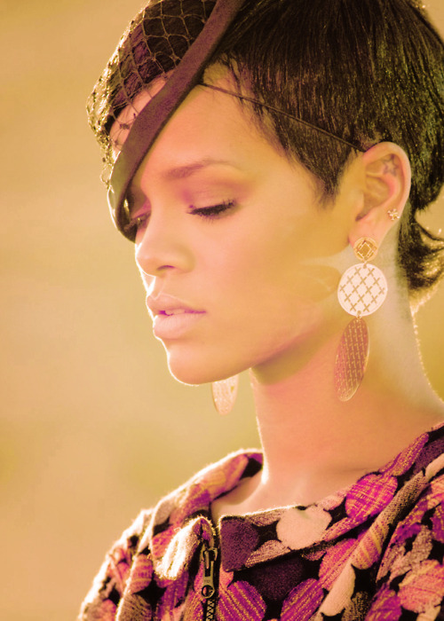 beautiful, black hair, earrings, eyes, fashion, lips, makeup, musicvideo, rehab, rihanna, robyn fenty, short hair, star, style, tattoo