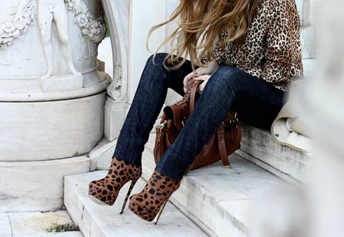 beautiful, brown, cute, girl, jacket, jeans, nice, photo, photography, pretty, shoes, sweet