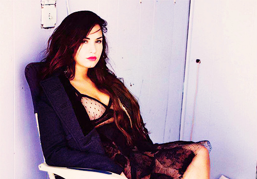 beautiful, demi lovato, girl, hair, lady, latin, lips, make up, pretty, xnothinglefttolose