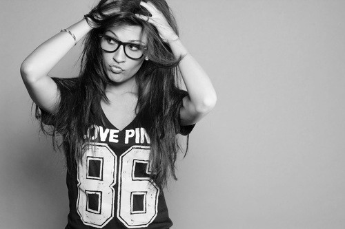 beauty, black and white, cute, face, fashion, geek, girl, girls, glasses, hair, hot, jersey, love, messy, model, perfection, photography, pink, pretty, scene, sexy, wonderful