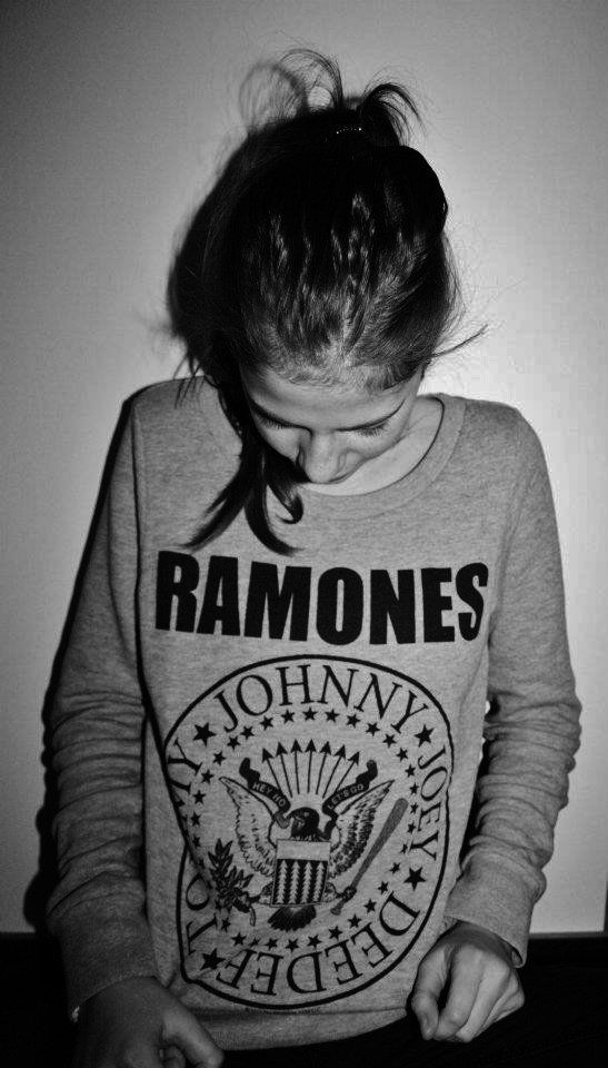 black and white, fashion, girl, photography, ramones