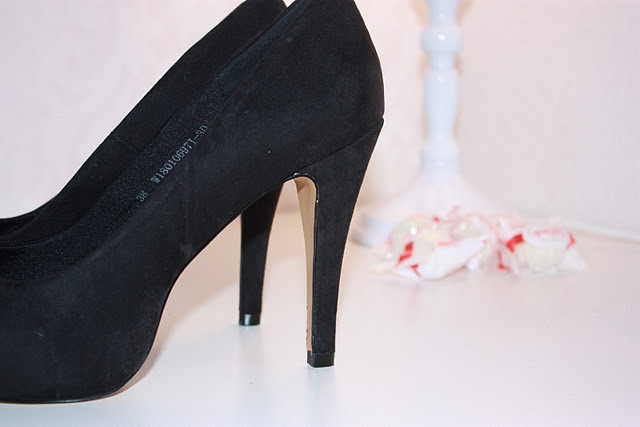 black, chic, high heel, high heels, pumps