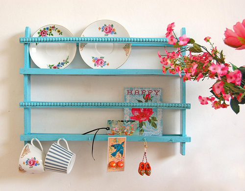 blue, flowers, pink, saucers, shelf