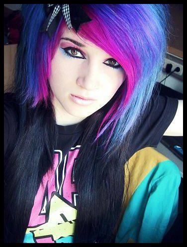 scene girls with purple and black hair  blue hair, girl, pink hair,