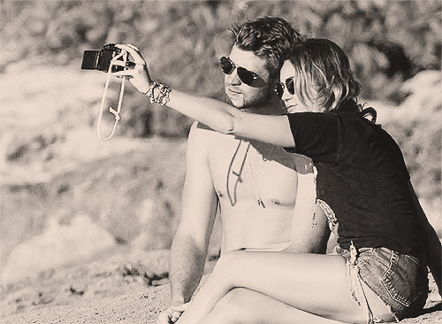 boyfriend, girlfriend, liam hemsworth, miley cyrus, picture