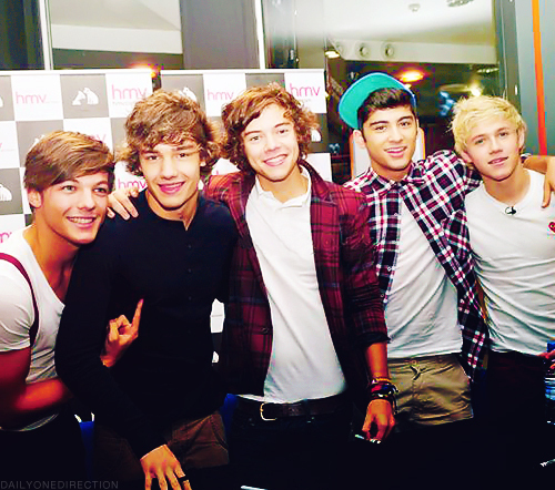 boys, celebrity, cute, harry styles, liam payne, louis tomlinson, niall horan, one direction, sexy, zayn malik