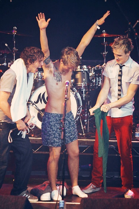 danny jones, dougie poynter, mcfly, tom fletcher
