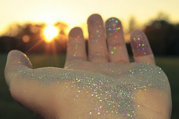 glitter, hand, magic dust
